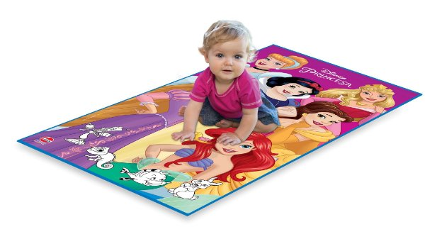 Tapete Infantil Princesas Disney 140 x 70cm Base Decorativa