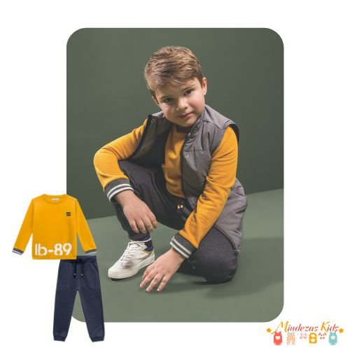 Conjunto de blusão e calça em moletom Luc.boo