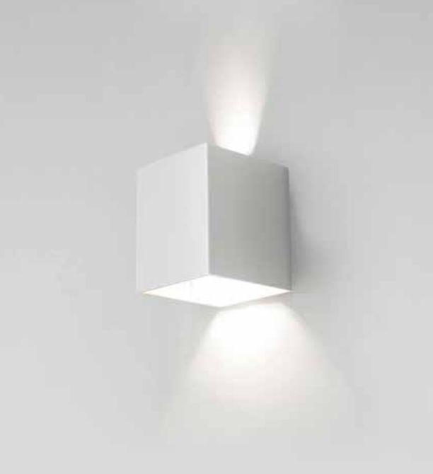 Arandela Newline Iluminação Cubo Sobrepor Facho Regulável Alumínio Cinza 10x10cm 1x LED 6W 3000K Bivolt 110v 220v 570BT Parede Muro Banheiro Sala
