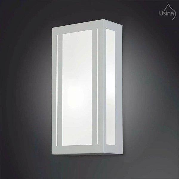 Arandela Usina Design Alberino Amb. Externo Retangular Metal Facho  acrílico leitoso 20x15 2012 E-27 5155/20 Garagens Muros