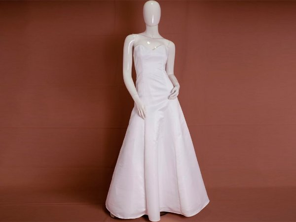 Vestido de Noiva Godê Simples