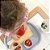 Tábua infantil de cozinha - Vida prática Montessori - Imagem 4