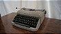 Antiga Máquina De Escrever Ramington Pequena - Imagem 2