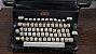 Antiga Maquina De Escrever Royal  - Imagem 2