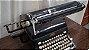 Antiga Maquina De Escrever Royal  - Imagem 3