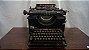 Antiga Maquina De Escrever Remington Funcionando - Imagem 1