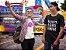 Camiseta Na Volta A Gente Compra - Imagem 5