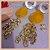 Brinco com Pedra Natural Jade Amarela e Correntes - Banho Ouro 18K - Semijoia de Luxo - Imagem 1