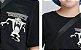 T-Shirt Manga Curta Preta - YOUCCIE - Imagem 3