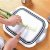 Tabua p/ Cortar e Escorredor de Alimentos Retrátil 2 em 1 - Imagem 2