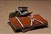 Caderno artesanal de couro caramelo formato A6 Bodoque - Imagem 1