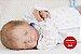 Bebê Reborn Menino Detalhes Reais Parece Um Bebê De Verdade Acompanha Enxoval E Chupeta - Imagem 1