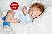 Bebê Reborn Menino Com Características Idênticas A Um Bebê De Verdade Com Enxoval E Chupeta - Imagem 1