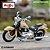 Miniatura Harley Davidson Ultra Classic Electra Glide 2005 Maisto 1:18 - Series 37 - Imagem 1