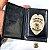 Distintivo Porta Funcional Agente De Escolta Folheado A Ouro Brinde Bótom - Imagem 4