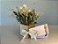 Kit Voucher Massagem Relaxante 60' com Box de Flores e Almofada Para Descanso dos Olhos - Imagem 1
