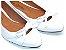 Sapatilha Branca Vazada Com Laço Pequeno - Imagem 1