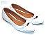 Sapatilha Branca Vazada Com Laço Pequeno - Imagem 3