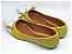 Sapatilha Amarela Com Laço E Bico Fino Brancos - Imagem 3