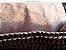 bolsa em fio de malha marrom e bege ponto pipoca com duas correntes uma de resina curta e uma longa dourada - Imagem 2
