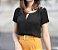 Blusa com Botões no Ombro  - Imagem 1