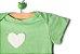 Body manga curta com coração  - Imagem 3