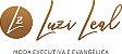VESTIDO SOCIAL EXECUTIVO SEM MANGAS - GOLA V - COM PASSADEIRA DOURADA - TECIDO: ALFAIATARIA - MODELO LUZI LEAL - Imagem 2