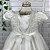 Vestido de batizado bebê Petit Cherie em tule com renda e cristais - Imagem 5