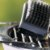 Escova Para Limpar Churrasqueira Grelha Ferro Com Espatula  Esponja Abrasiva 3 em 1 Churrasco - Imagem 2