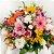 Arranjo de Flores Mistas no Cachepôs de Madeira - Imagem 1
