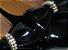 Sapatilha Preta em Verniz com Laço Frontal e Brilhantes. Linha Heel Comfort, com Almofadinhas para Deixar seus Pés Ainda Mais Confortáveis ! - Imagem 2