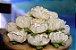 Forminha para Doces Finos - Rosa Maior Marfim Queimado 40 unidades - Decora Doces - Rizzo Festas - Imagem 2