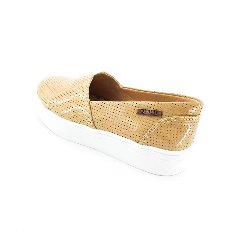 89b56bc83f ... Tênis Flatform Quality Shoes Feminino 003 Verniz Bege Perfurado -  Imagem 2 ...