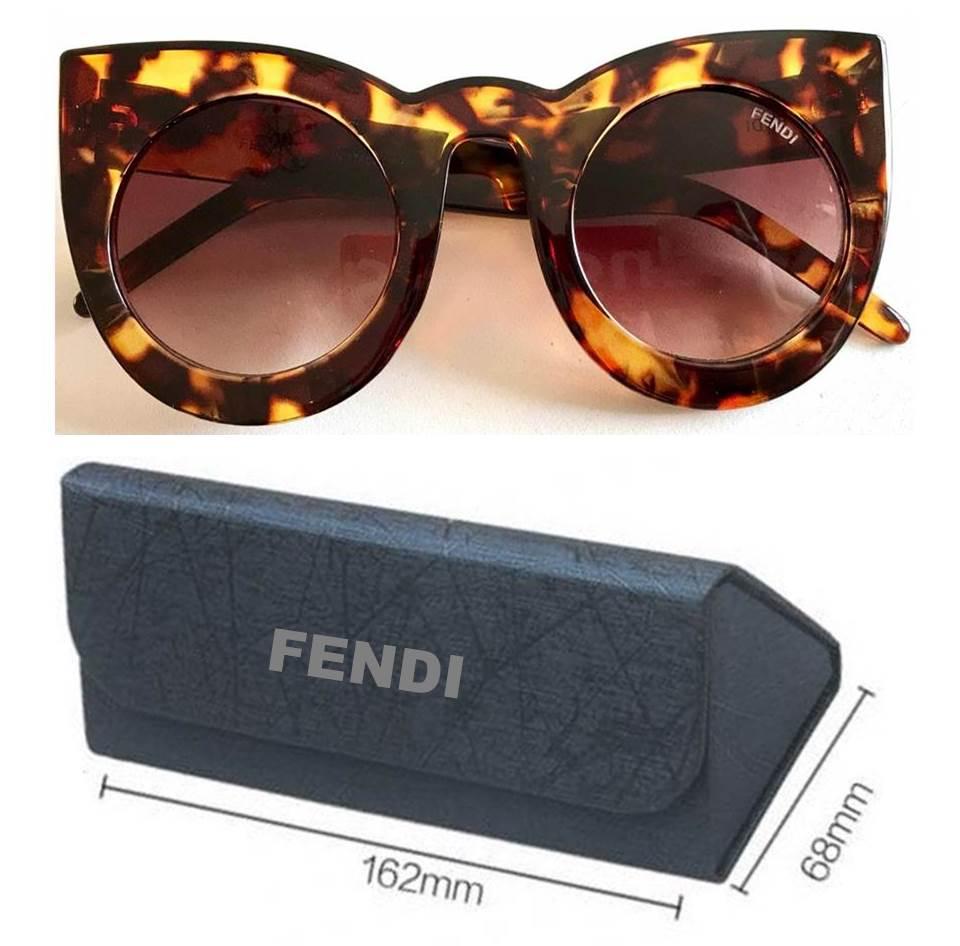 3f0cb5fa9 Aqui você encontra as melhores Replicas de Óculos de sol. Temos vários  modelos da Ray