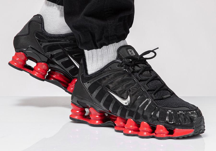 Tênis Nike Shox 12 Molas Preto C/Vermelho (Masculino)