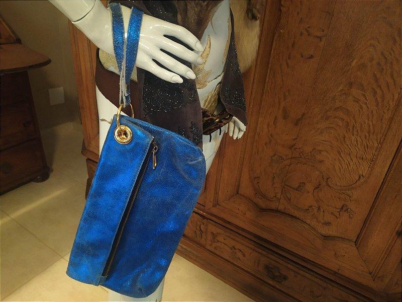 Bolsa Clutch Andrea Britto de couro lavrado , nunca usada