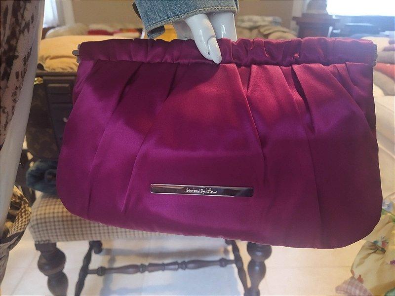 Bolsa Clucth Francesa marca  Bimba e Lola em cetim rosa com feixo de abrir e fechar