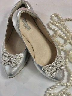 Sapato de Couro Prata