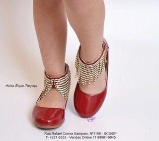 Sapato de Couro vermelho com franja