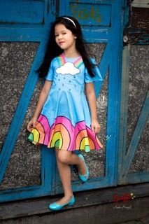 Vestido De Chuva e Arco-iris