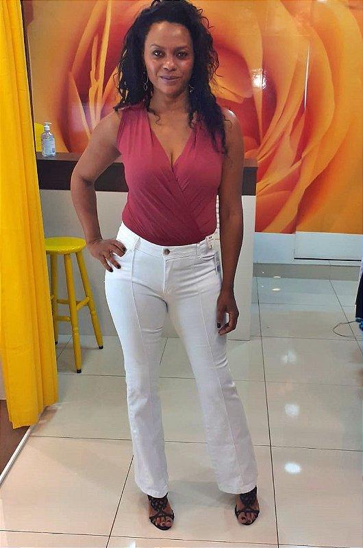 Calça Flare -Cintura Alta Sarja Branca com Nervura