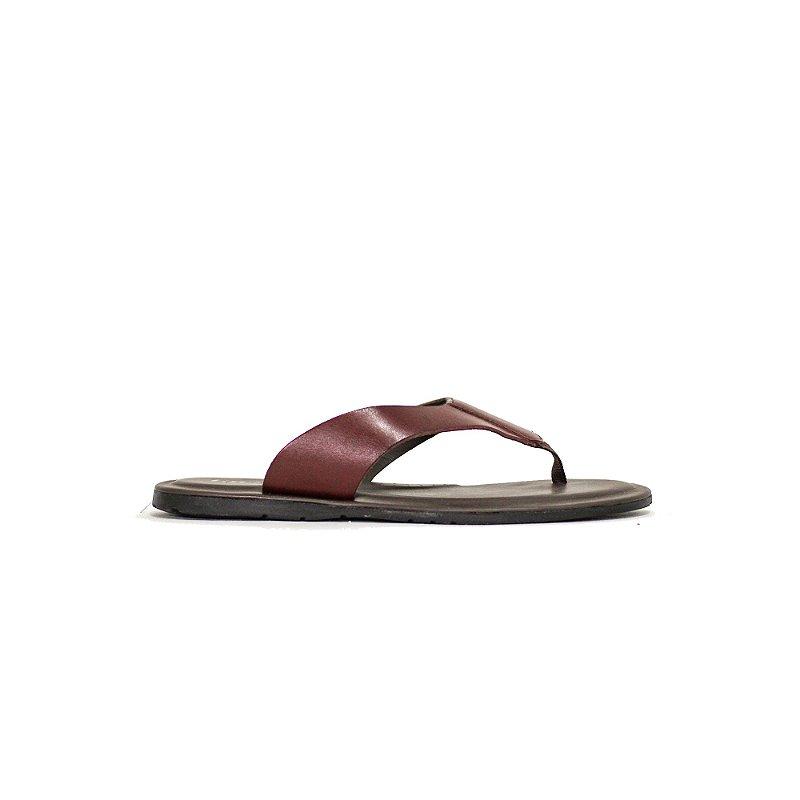 Sandália de Tiras Curvadas
