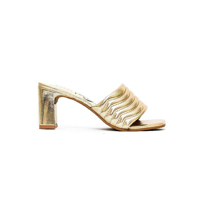 Sandália Metalizada Ouro Plissado