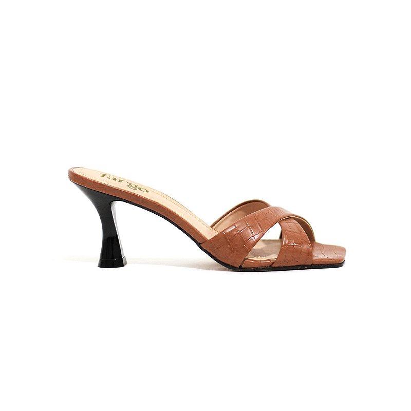 Sandália Texturizada e Bico Quadrado