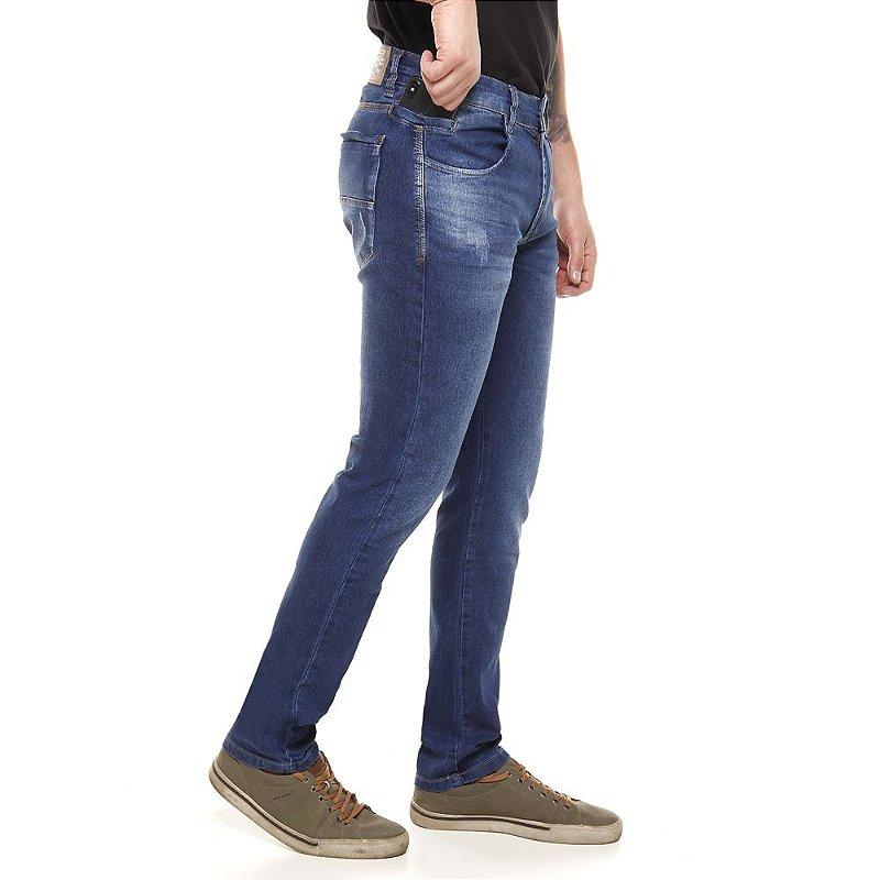 calça jeans prs skinny com lixado puídos e bigode amassado
