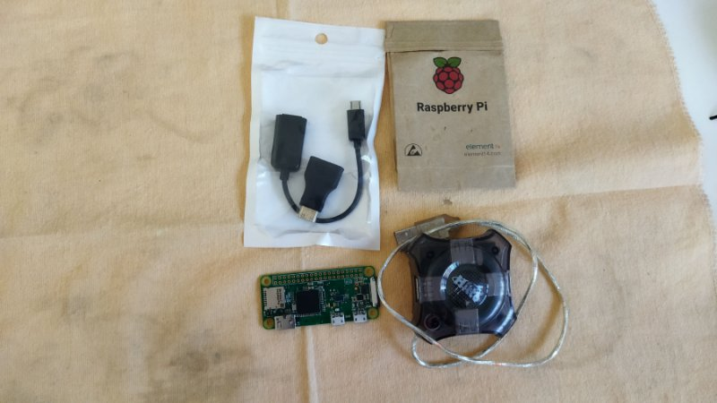 Raspberry Pi Zero W com acessórios (USADO)