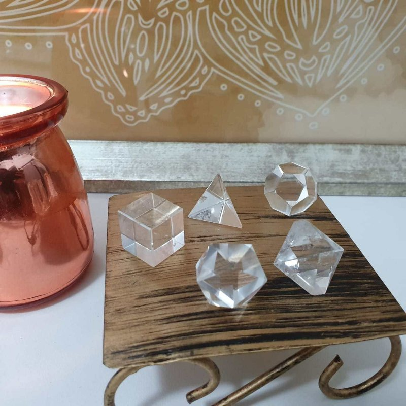 Conjunto Sólido Platônico de Cristal - 39 Gramas 1.5cm x 2cm