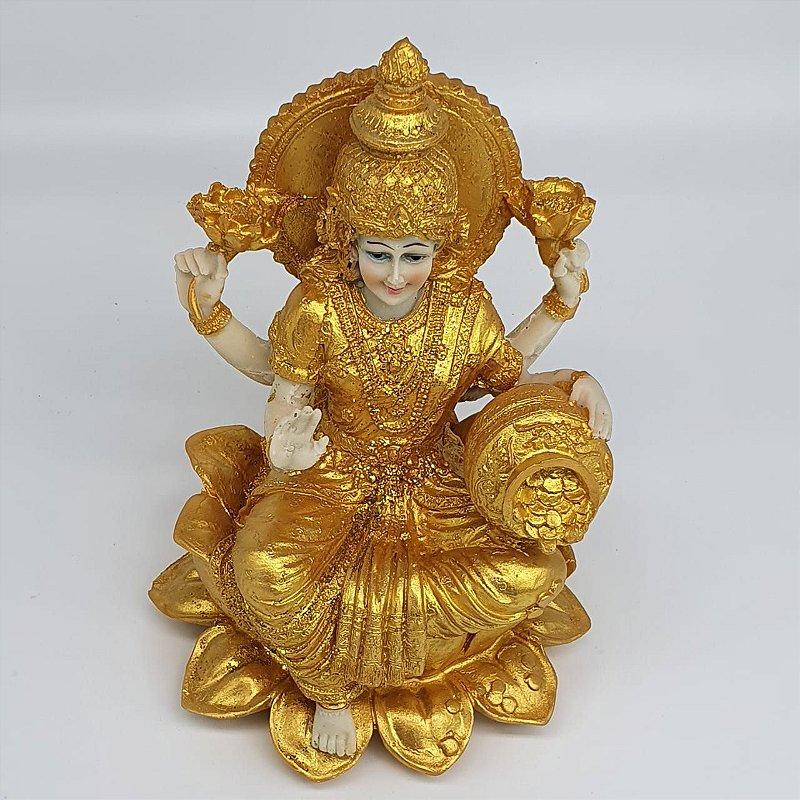 Lakshmi Dourada na Flor de Lótus 19 cm