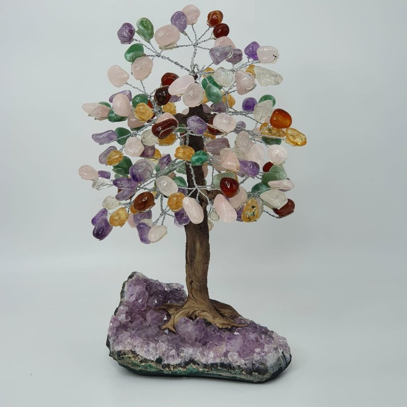 Árvore em Pedras Mistas com Base em Drusa de Ametista - 33cm | 2.45kg (Pura Energia das Pedras)