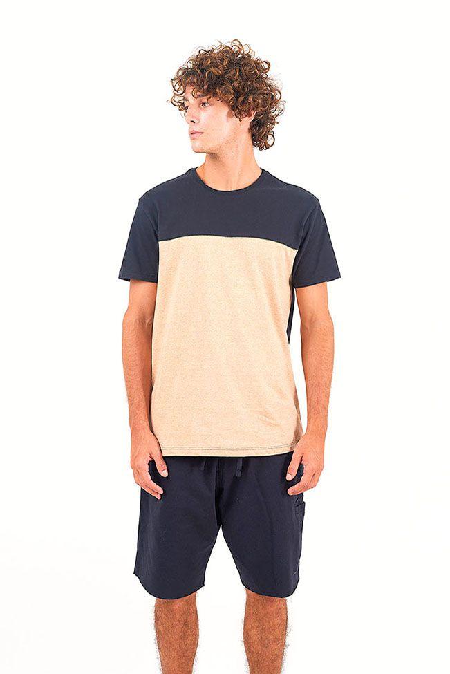 T-Shirt Outside